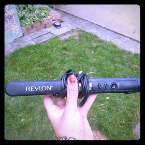 Other - Revolon hair straightner